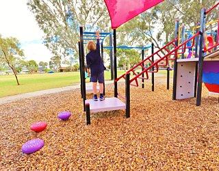 Rosslyn Street Reserve Playground Shade 4 Xb