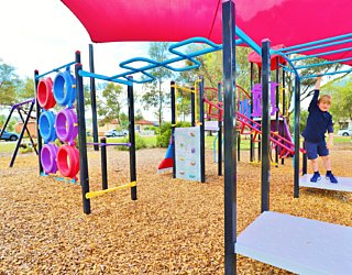 Rosslyn Street Reserve Playground Shade 5 Xb