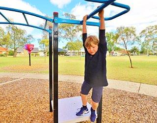 Rosslyn Street Reserve Playground Shade 8 Xb