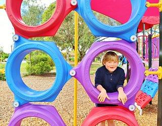 Rosslyn Street Reserve Playground Shade 10 Xb