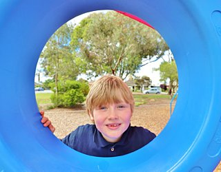 Rosslyn Street Reserve Playground Shade 11 Xb
