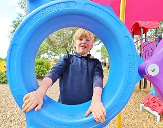 Rosslyn Street Reserve Playground Shade 12 Xb