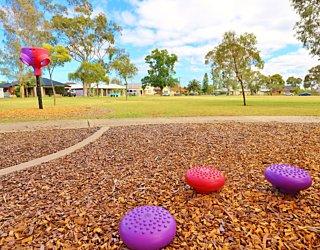 Rosslyn Street Reserve Playground Shade 22 Xb