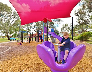 Rosslyn Street Reserve Playground Shade Carousel 1 Xb