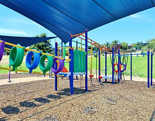 Roy Lander Reserve Playground Shade 4