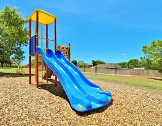 Sandy Glass Court Reserve Playground Multistation 1