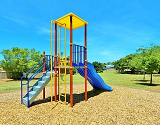Sandy Glass Court Reserve Playground Multistation 3