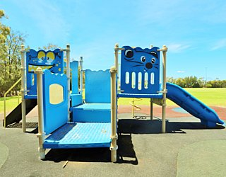 The Cove Sports Playground 6