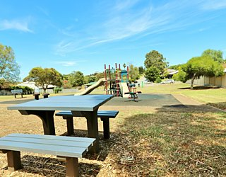 Westall Way Reserve Facilitieis Picnic 1