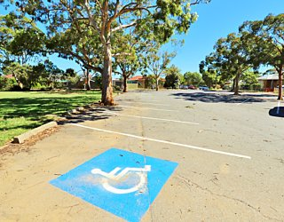 York Avenue Reserve Eastern End Facilities Car Parking 1