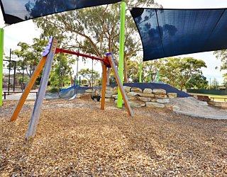 Mulcra Avenue Reserve 20190107 Playground 6
