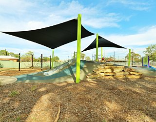 Mulcra Avenue Reserve 20190107 Playground 10