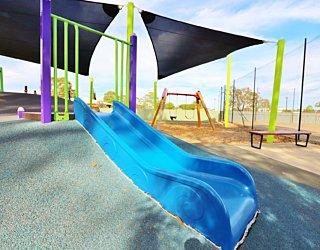 Mulcra Avenue Reserve 20190107 Playground 13