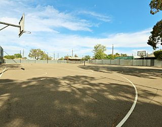 Mulcra Avenue Reserve 20190107 Sports Courts 4