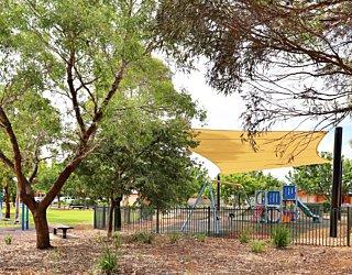 Scarborough Terrace Reserve 20190107 Playground 1
