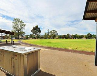 Scarborough Terrace Reserve 20190107 Facilities Bbq 2