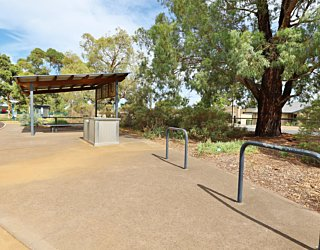 Scarborough Terrace Reserve 20190107 Facilities Bicycle Stand 1