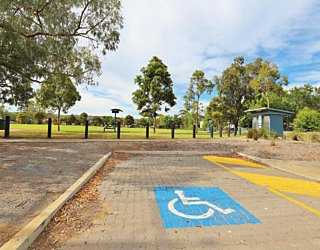 Scarborough Terrace Reserve 20190107 Facilities Disabled Parking 1