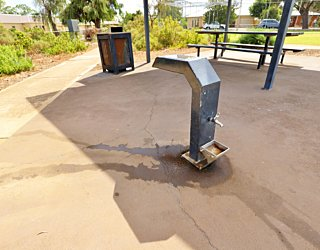 Scarborough Terrace Reserve 20190107 Facilities Drinking Fountain 2