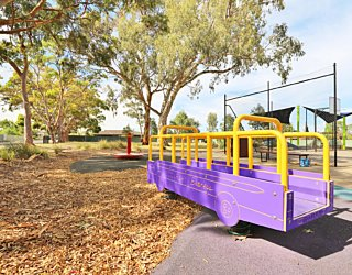 Mulcra Avenue Reserve 20190107 Playground 14