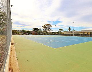 Woodforde Family Reserve 20190107 Courts East 6