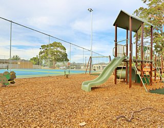 Woodforde Family Reserve 20190107 Playground 11