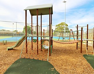 Woodforde Family Reserve 20190107 Playground 16