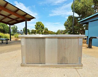 Harbrow Grove Reserve 20190107 Facilities Bbq 1