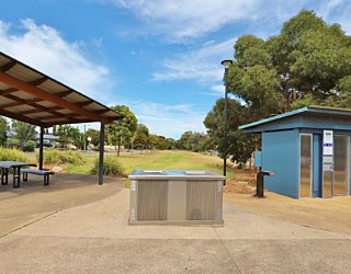 Harbrow Grove Reserve 20190107 Facilities Picnic 1