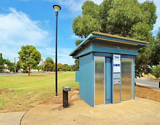 Harbrow Grove Reserve 20190107 Facilities Toilet 2