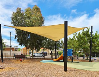 Harbrow Grove Reserve 20190107 Playground Junior Multistation 2