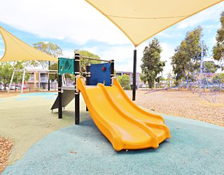Harbrow Grove Reserve 20190107 Playground Junior Multistation 4