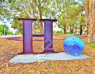 Harbrow Grove Reserve 20190107 Public Art 4
