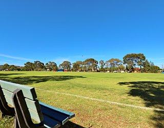 Marion Oval Western Field Cricket 4