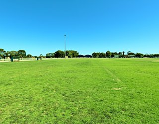 Marion Oval Eastern Field Oval 6