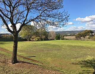 Barton Drive Reserve Image 20
