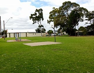 Dwyer Road Reserve Image 22
