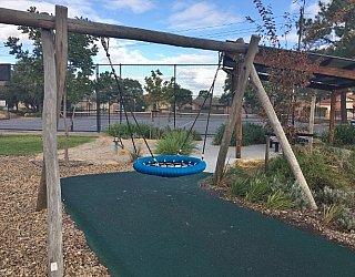 Edwardstown Esmrg Playground Image 17
