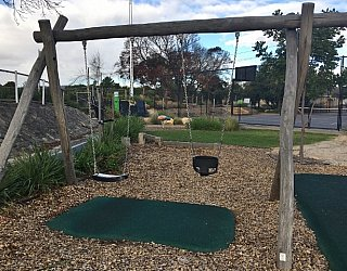 Edwardstown Esmrg Playground Image 18