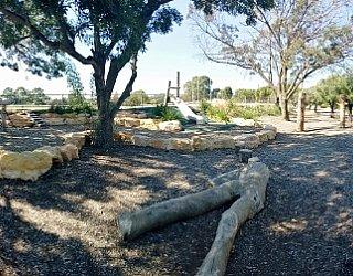 Edwardstown Esmrg Playground Image 38