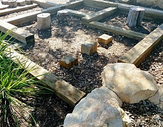 Edwardstown Esmrg Playground Image 39