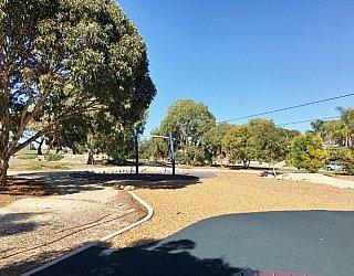 Glade Crescent Reserve Image 5