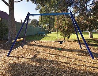 Hawkesbury Avenue Reserve Image 1