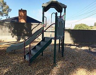 Hawkesbury Avenue Reserve Image 9