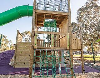 Hendrie Street Reserve Playground Multistation Climbing Net 1