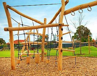Jervois Street Reserve Wooden Climbing Square