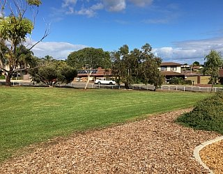 Koomooloo Crescent Reserve Image 2
