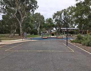 Maldon Avenue Reserve Image 3