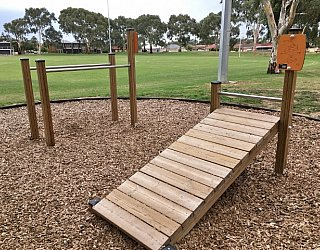 Mitchell Park Oval Exercise Image 7