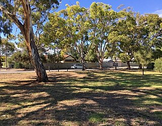 Mulcra Avenue Reserve Image 2